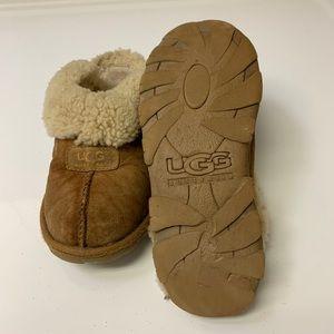 UGG slippers / UGGS